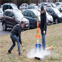 Construire une fusée à la manière d'Hubert Curien !